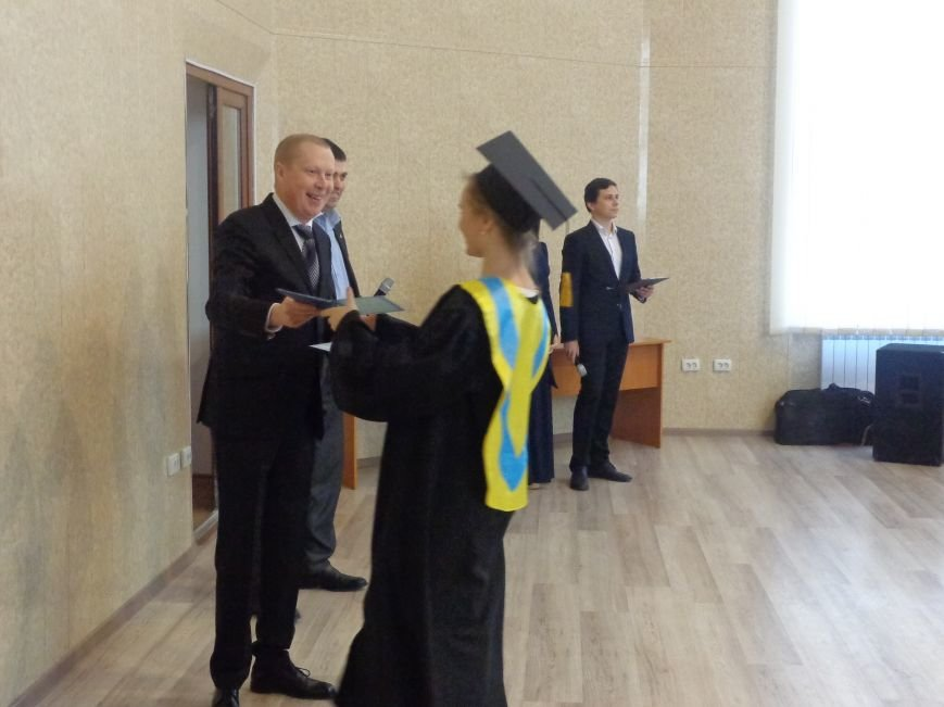 В ДонНТУ Красноармейска прошла церемония вручения дипломов магистрам вуза (фото) - фото 14