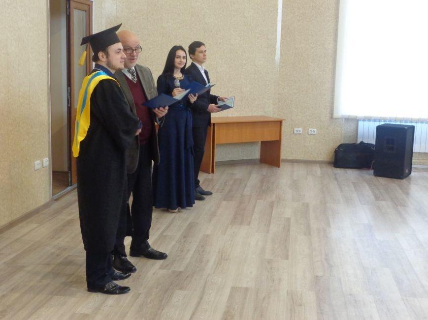 В ДонНТУ Красноармейска прошла церемония вручения дипломов магистрам вуза (фото) - фото 16