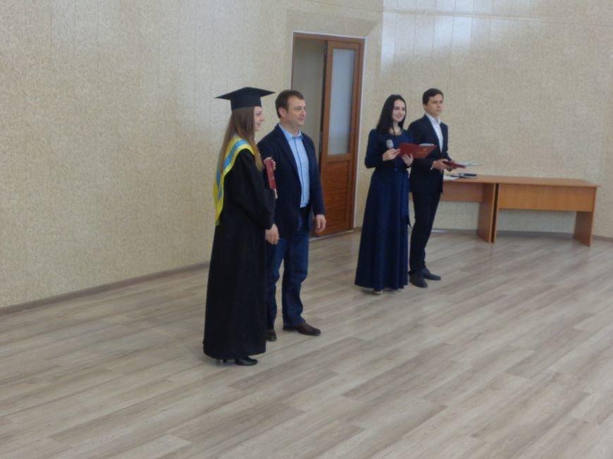 В ДонНТУ Красноармейска прошла церемония вручения дипломов магистрам вуза (фото) - фото 9