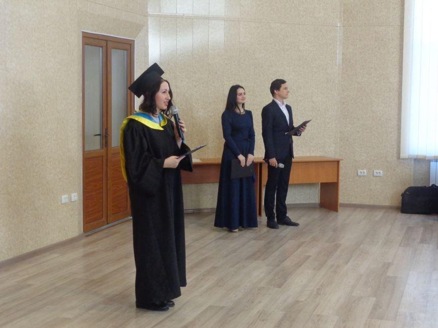В ДонНТУ Красноармейска прошла церемония вручения дипломов магистрам вуза (фото) - фото 24