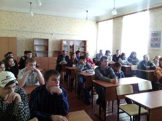 Школы Бахмутского района являются не только источником знаний, но и укрытием от обстрелов (фото) - фото 1