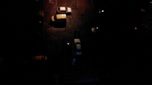 У Львові чоловік випав із вікна житлового будинку: з'явилися перші фото з місця події (фото) - фото 1