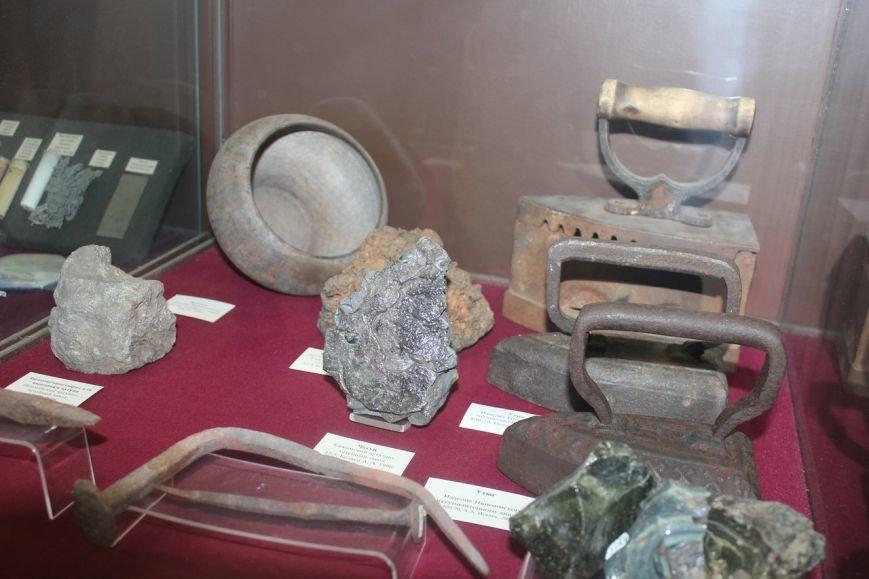 Где живет тарбозавр Кеша и можно ли камень превратить в