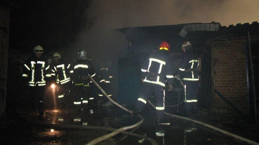 У Хмельницькому вночі на Гречанах горіли гаражі (Фото), фото-2