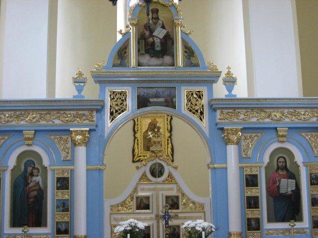 У Крилосі є кілька святинь, до яких щотижня приїжджають десятки паломників (ФОТО), фото-2