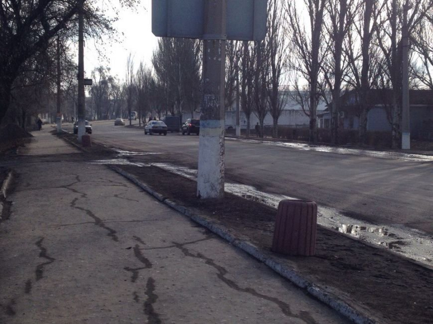 Чисто там, где не сорят. На улице Доброполья установили бетонные урны (ФОТОФАКТ) (фото) - фото 1