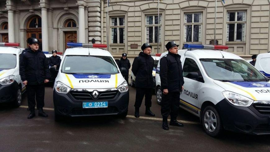 Нова патрульна поліція відтепер працюватиме у 7 райцентрах на Львівщині (ФОТО) (фото) - фото 2