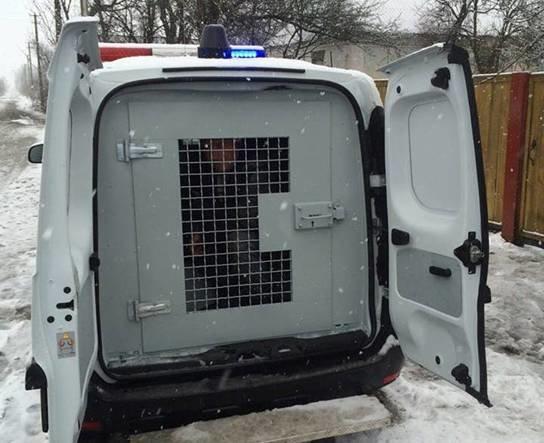Под Киевом мужчина пытался сжечь дом с раненой внутри (ФОТО) (фото) - фото 2