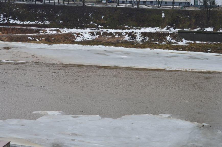 В областном центре начался ледоход, фото-1