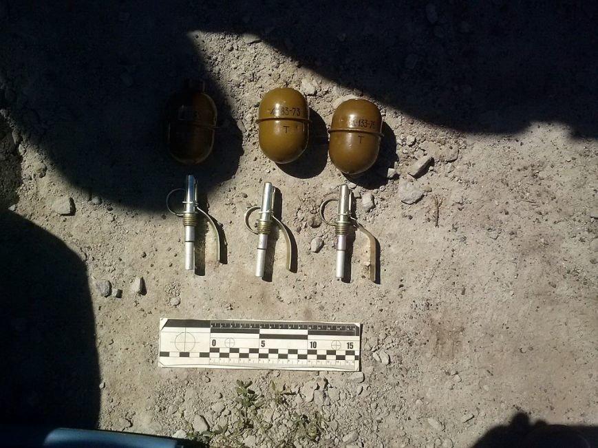 За торговлю оружием жители Чернигова сядут на 4-5 лет (фото) - фото 1