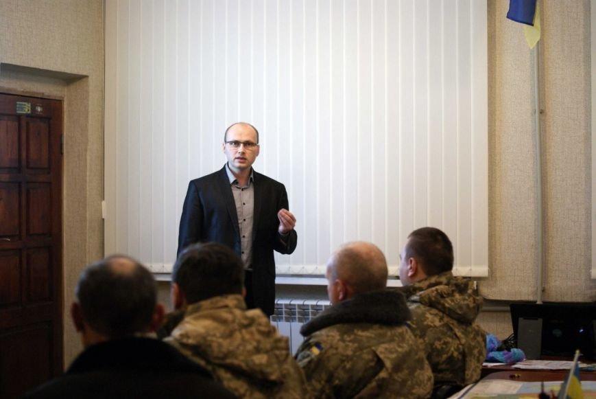 В Доброполье узники подвалов «ДНР» рассказали о пребывании в плену (фото) - фото 1