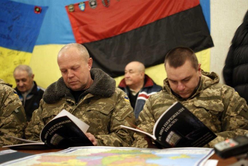 Власти Доброполья запретили к показу фильм об издевательствах над пленными в «днр» (ВИДЕО), фото-2