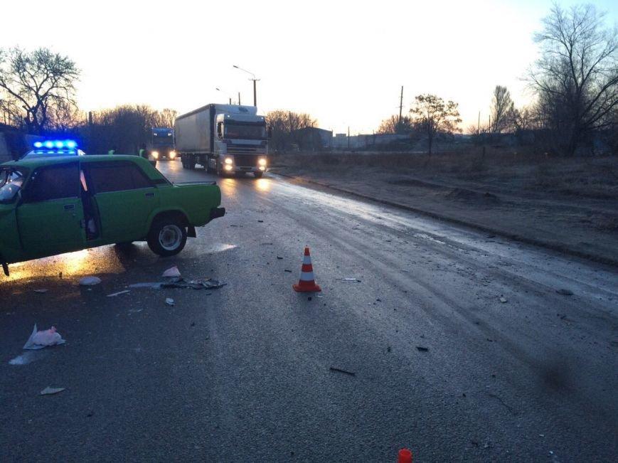 ДТП на Байкальской: таинственный автомобиль превратил ВАЗ в груду метала и скрылся, фото-3