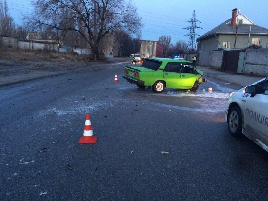 ДТП на Байкальской: таинственный автомобиль превратил ВАЗ в груду метала и скрылся, фото-5