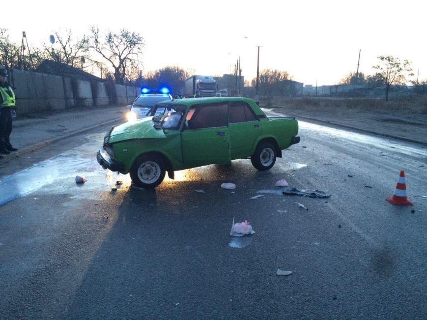 ДТП на Байкальской: таинственный автомобиль превратил ВАЗ в груду метала и скрылся, фото-1