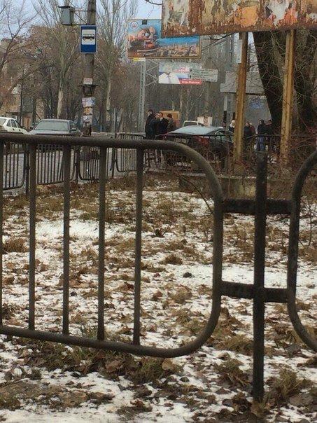 В Донецке в результате тройного ДТП девушке оторвало ногу (ФОТО) (фото) - фото 1