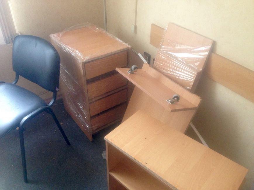 ГАИ и новая полиция в Чернигове не поделили шторы и мебель, фото-2