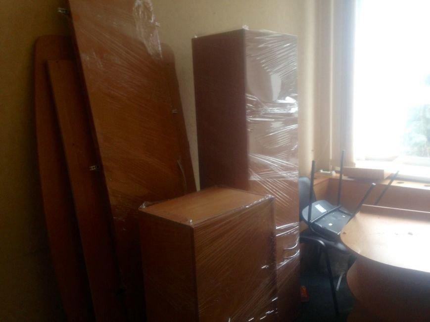 ГАИ и новая полиция в Чернигове не поделили шторы и мебель, фото-10