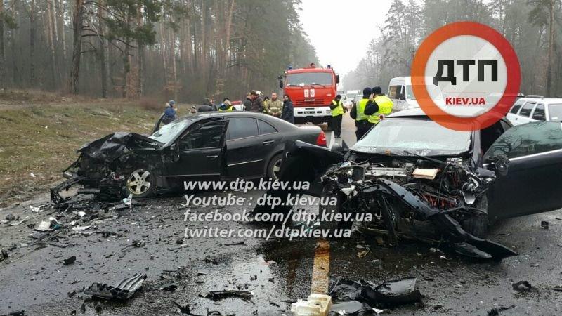 Под Киевом в лобовом ДТП погибла женщина, ребёнок в реанимации (ФОТО), фото-5