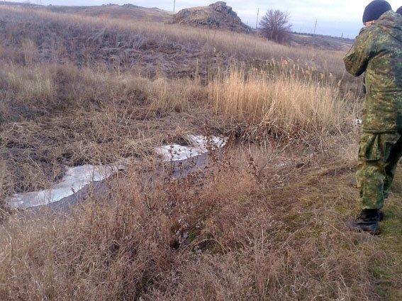 Вблизи Мариуполя в Кальмиусе нашли труп мужчины, погибшего несколько месяцев назад (фото) - фото 1