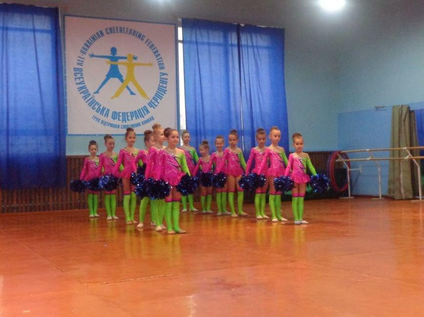 В Красноармейске прошли захватывающие и зрелищные соревнования по чирлидингу (фото) - фото 12