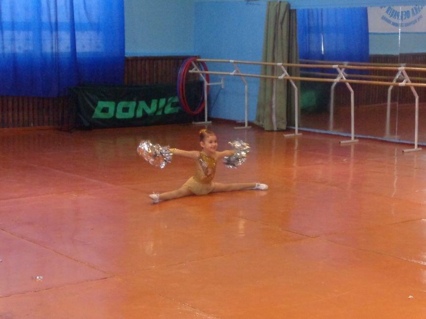 В Красноармейске прошли захватывающие и зрелищные соревнования по чирлидингу (фото) - фото 4