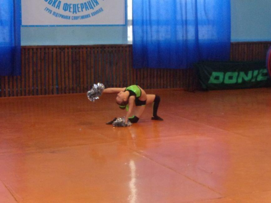 В Красноармейске прошли захватывающие и зрелищные соревнования по чирлидингу (фото) - фото 7