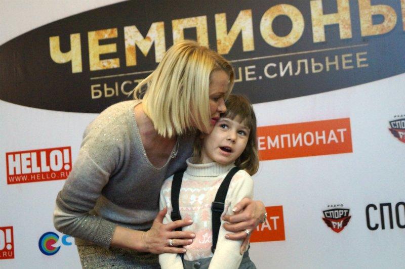 Светлана Хоркина на премьере фильма «Чемпионы»: Здорово, когда при жизни про тебя вспомнили и сняли фильм (фото) - фото 1