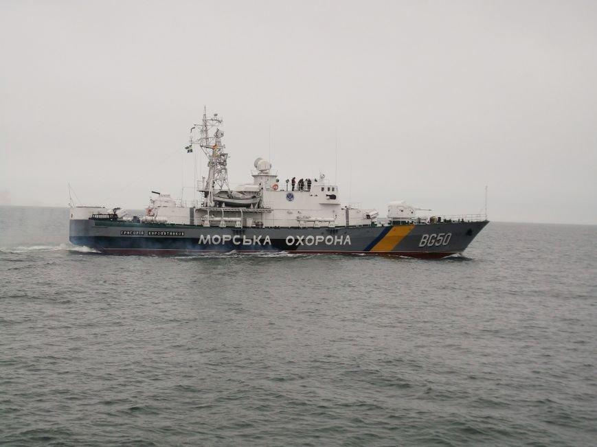 На острове Змеином одесские пограничники и военные моряки усилили оборону (ФОТО) (фото) - фото 1
