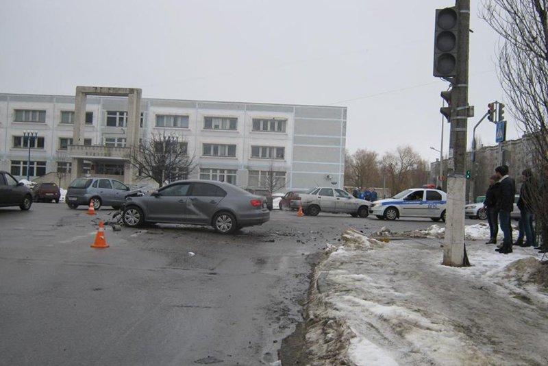 В Белгороде умерла пострадавшая в ДТП пассажирка автобуса (фото) - фото 1