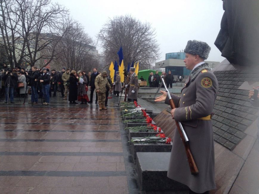 В Днепропетровске почтили память погибших воинов-интернационалистов: фотографии (фото) - фото 6