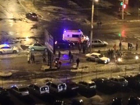 У Сумах 14 лютого поліцейські врятували від самосуду п'яного водія, якій збив жінку, фото-1