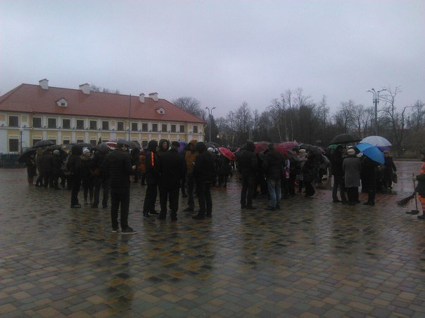 В Гродно на площади Ленина собираются предприниматели (онлайн, обновляется) (фото) - фото 2