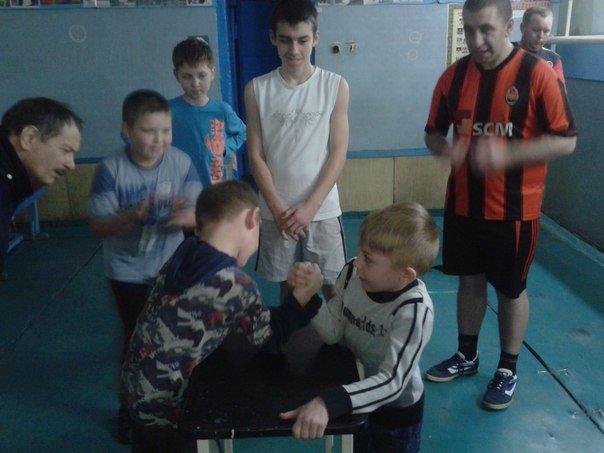 В Красноармейске состоялись соревнования по армспорту и перетягиванию каната (фото) - фото 4