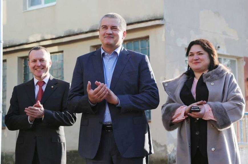 Аксёнов: В Крыму в ближайшее время будет введено 8 модульных детских садов (ФОТО) (фото) - фото 1