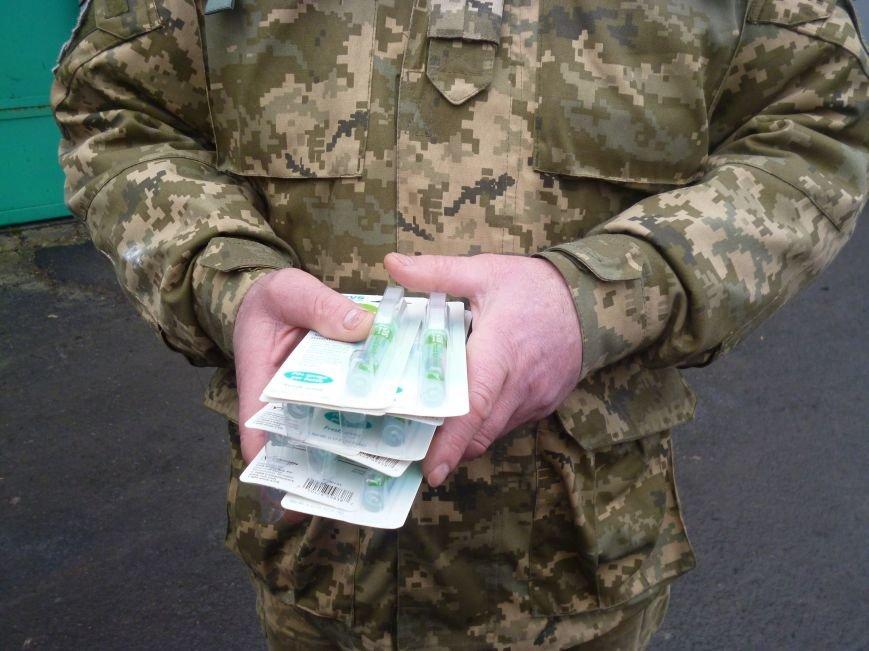 66-ому военно-мобильному госпиталю в Красноармейске луцкие волонтеры помогли автошинами, продуктами и медикаментами (фото) - фото 9