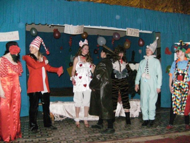 В Днепродзержинской колонии отметили День Святого Валентина (фото) - фото 4