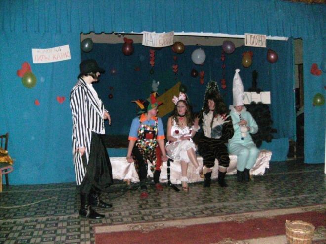 В Днепродзержинской колонии отметили День Святого Валентина (фото) - фото 2