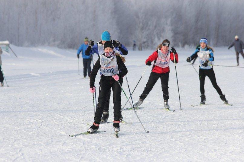 В Нижневартовске определили лучших лыжников в соревнованиях, прошедших в рамках Всероссийской лыжной гонки «Лыжня России – 2016» (фото) - фото 12