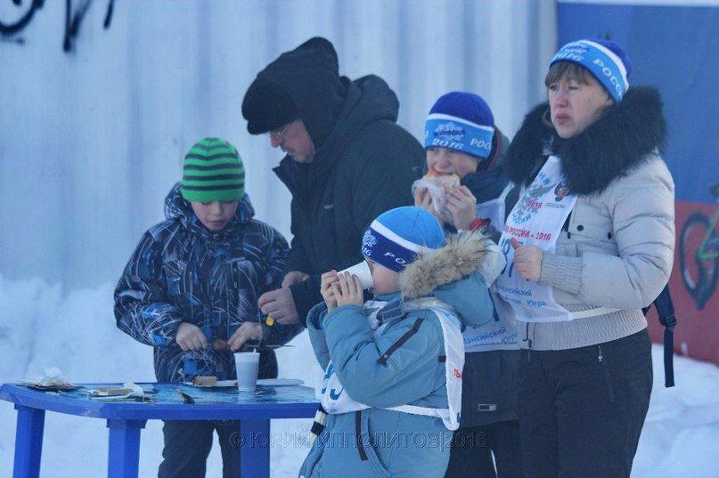 В Нижневартовске определили лучших лыжников в соревнованиях, прошедших в рамках Всероссийской лыжной гонки «Лыжня России – 2016» (фото) - фото 18