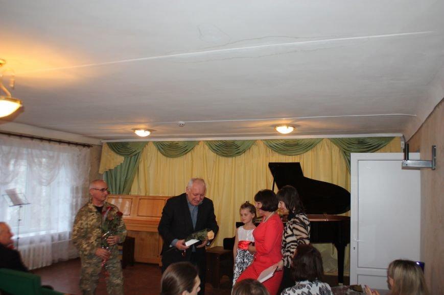 Юная авдеевская пианистка стала лауреатом областного смотра-конкурса «Бахмутская весна» (ФОТО), фото-3