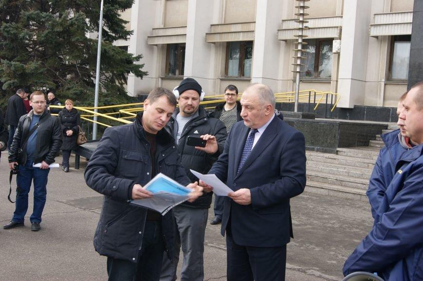 85069c3d7ccba83dfd858a43d20d4f81 Одесситы спросили у Яценюка за реформы