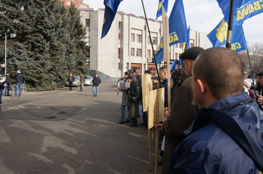 c2214ae705971aeb10424ca5f327d39f Одесситы спросили у Яценюка за реформы