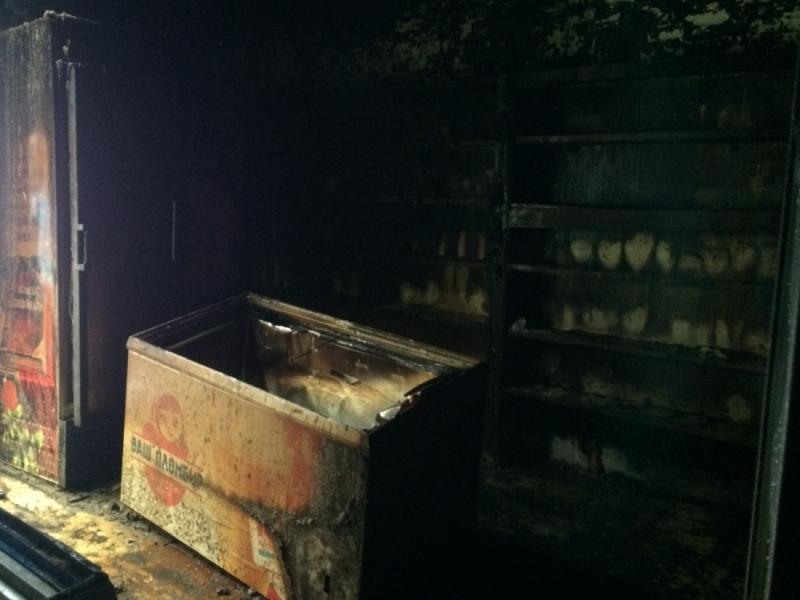 В Ульяновской области сгорел магазин, фото-2