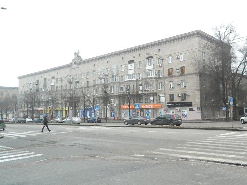 Прогулки по Запорожью с Романом Акбашем: гуляем от Металлургов до Леонова (фото) - фото 23