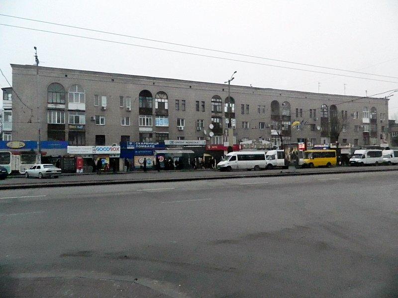 Прогулки по Запорожью с Романом Акбашем: гуляем от Металлургов до Леонова (фото) - фото 7