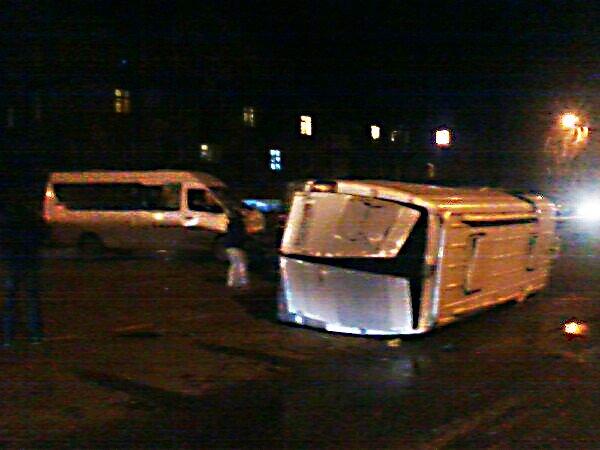 ДТП в Кривом Роге: Маршрутное такси влетело в микроавтобус (ФОТО) (фото) - фото 1