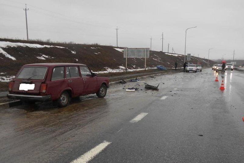 В столкновении двух легковушек под Белгородом погиб мужчина (фото) - фото 1