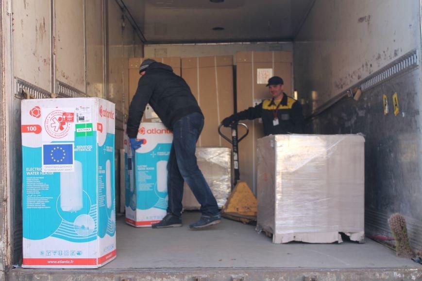 В медицинские учреждения Бахмута доставили новое оборудование, фото-10