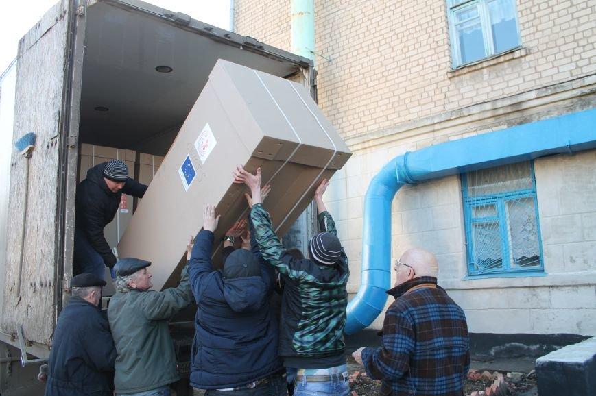 В медицинские учреждения Бахмута доставили новое оборудование, фото-4